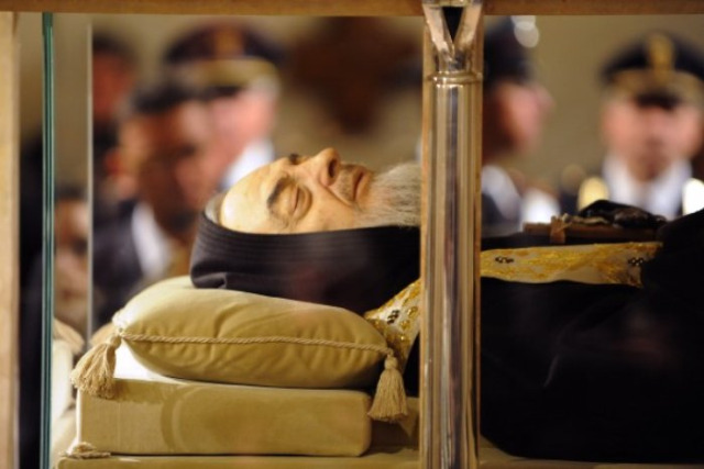 St. Padre Pio LooksAmazing
