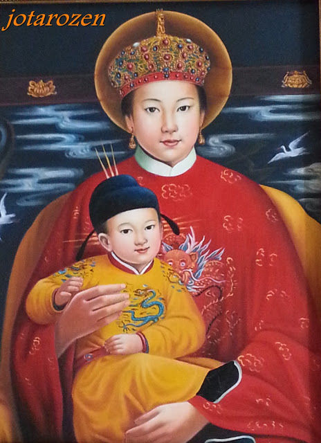 19 Chinese Mother Mary & Infant Jesus Streets Buildings Temples Georgetown HeritageZon-102