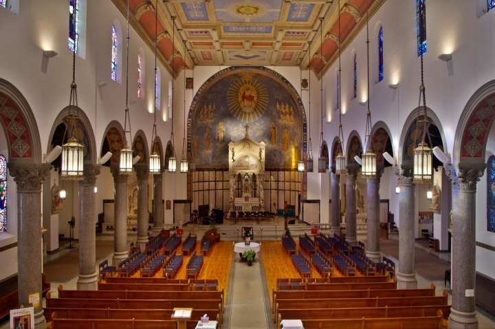 St._Martin_de_Porres_Church_(Toledo,_OH)_-_interior,_view_from_the_loft