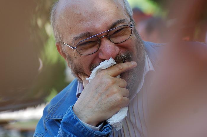 old_man_laughing